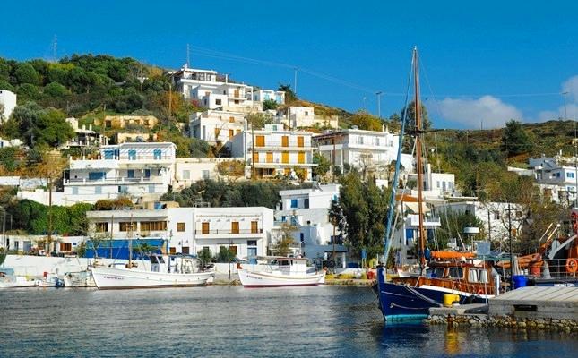 Σκύρος, Πατρικό, Νέλλη, Αλέξης, παραδοσιακές κατοικίες, διαμονή, διαμέρισμα, ενοικιαζόμενα, δωμάτια, επιπλωμένα, εξοπλισμένα, λιμάνι, οικισμοί